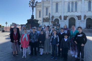 Патриаршая Литургия для детей в Храме Христа Спасителя