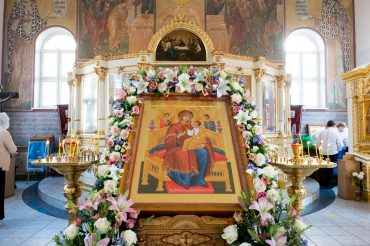 Престольный праздник в честь иконы Божией Матери «Всецарица»